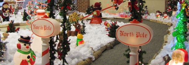 A path decorated with Christmas decorations.
